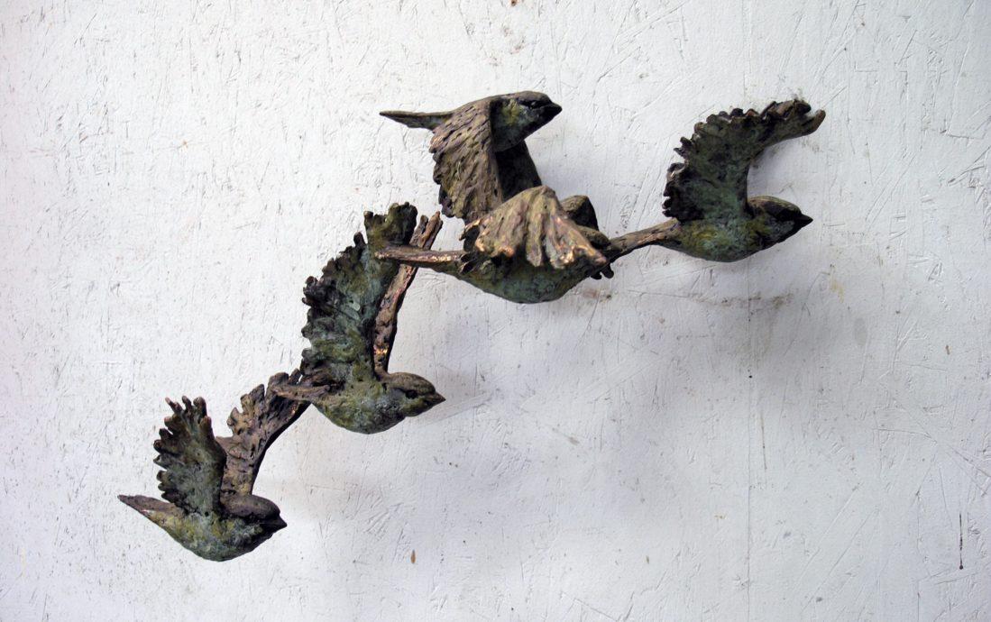 Hans Jouta, 'Mussenvlucht', brons, unicum, 50 cm