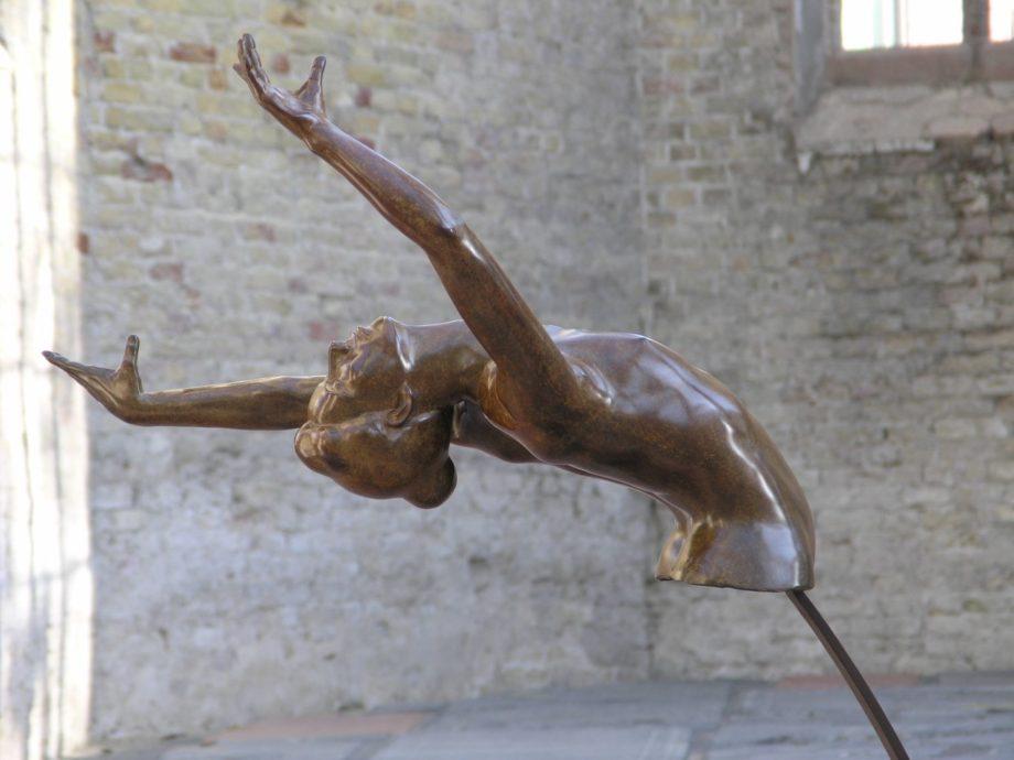 Ilse Oelbers, Aleda, 2017, brons 90 x 40 cm, oplage 6