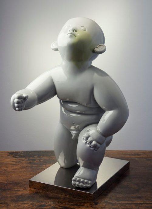 Gong Dong, 'birthmark', grijs gelakt brons, 43 x 37 x 30 cm