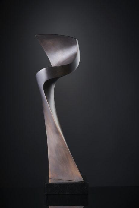 Peter Mandl (Zweden), 'Kuling', brons, 41 x 12 x 11 cm
