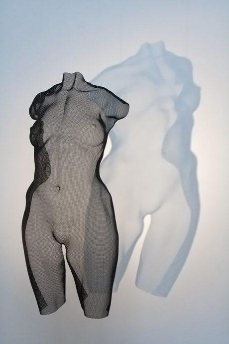 David Begbie, 'Sensu', Staalgaas zwart, 64 x 28 x 12 cm