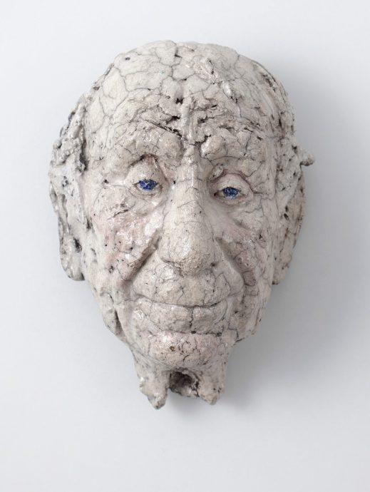 Portret van Jan Sierhuis, Raku gestookt.